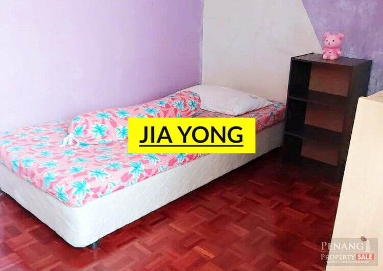 Desa green jelutong worth for invest blok 42 renovated with kitchen cabinet